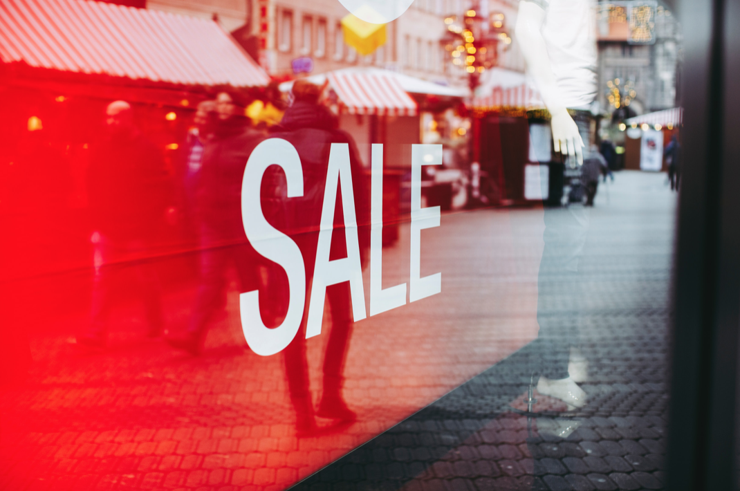 FIVE Important Reasons to Run a Sale Event in 2021